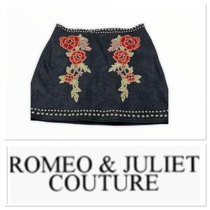 Romeo & Juliet Couture faux leather skirt